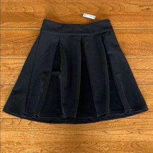 NWTs Black Skirt